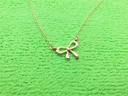 gold pendant korea Australia - 30 small bow-knot charm pendant Necklace New Korea Super Sweet Bow Necklace Cute Girl Simple Clavicle Beautiful Pendant necklace Jewelry
