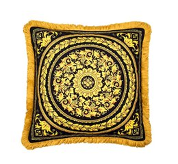 50cm Luxury Medusa Baroque Decorative Pillows Covers European Royal Baroque Velvet Thicken Tassel Cushion Case Creative Brand Home Cojines on Sale