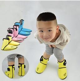 $enCountryForm.capitalKeyWord NZ - 3mm Kids Neoprene Snorkeling Shoes Scuba Diving Socks Beach Boots Wetsuit Prevent Scratches Warming Non-slip Winter Swim Socks