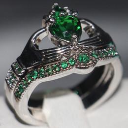 $enCountryForm.capitalKeyWord Australia - Claddagh Fashion Jewelry chouchong Unique Desgin 10KT White Gold Filled Heart Shape Emerald Gemstones CZ Diamond Women Wedding Couple Ring