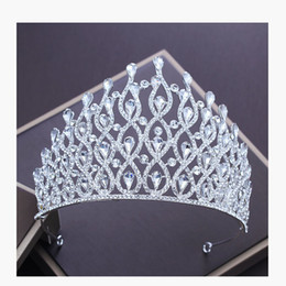 New Silver Color Luxury Crystal Crown For Wedding Bride Tiara Big Crown  Rhinestone Bridal Crown For Wedding Hair Accessories C18122501 dba303641e4d