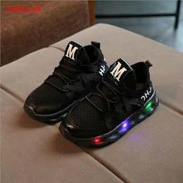 kids glow shoes NZ - kids shoes with LED light boys girls casual shoes glowing sneakers breathable soft bottom shiny New Spring children sports shoes