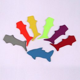 $enCountryForm.capitalKeyWord Australia - Shark popsicle holder Freezer Pop Ice Sleeves Icy Block Lolly Cream Holder Ice Ice Case For Kids 7 Colors Optional