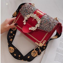 factory outlet handbags Australia - Factory Outlet Brand Women Handbag Fashion Foreign Style Diamond Chain bag Sweet Color Sequin Women Shoulder Bag Personality Diamond Lock Me