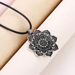$enCountryForm.capitalKeyWord Australia - Tibet Spiritual Necklace Tibet Mandala Pendant Necklace Geometry Amulet Religious Jewelry