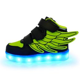 China 2019 Baby Creative Kids Shoes Led Lights Wings Shoes USB Charging Light Up Girls Boys 7 Colors Changing Flashing Lights Sneakers suppliers