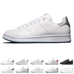 Discount leather fashion football shoes - designer smith men women casual shoes green black white blue red pink silver mens stan fashion leather shoe flats sneake