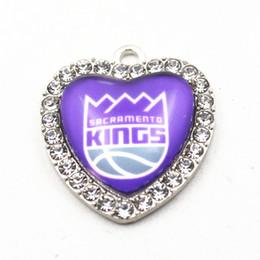 $enCountryForm.capitalKeyWord NZ - 10pcs Basketball Crystal Heart Pendant Team Sports Dangle Charms For Man Woman Necklace Bracelet Jewelry Accessories