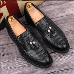 $enCountryForm.capitalKeyWord NZ - 2019 New Black Leather Loafers With Tassels Men's Moccasins Casual Shoes Business Shoes Wedding Dress Man Slippers Flat 1a11