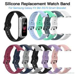 Galaxy smart watches online shopping - 2019 High Quality Slicone Bracelet Loopback Strap For Samsung Galaxy Fit SM R370 Multicolor Silicone Watch Band Straps