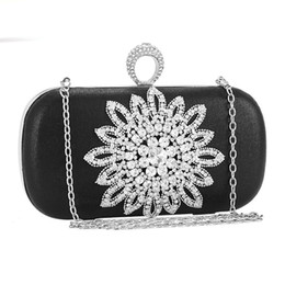 bridal clutches UK - Diamonds Metal Finger Ring Clutch Women Evening Bags Ladies Wedding Bridal Evening Bag For Party Purse