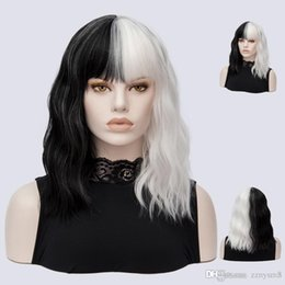 KinKy cosplay online shopping - Short Wigs for Halloween Cosplay Women Kinky Straight Synthetic Hair Wig Black White Tones Patchwork