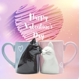 $enCountryForm.capitalKeyWord Australia - 2pcs Ceramics Kiss Cat Cup Couple Mugs Lover Gift Morning Milk Coffee Tea Breakfast Porcelain Cup Valentines Day For Girl Wife T8190627