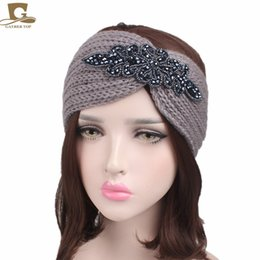 Hair jewels online shopping - 2019 New Women knitted headband Metal Jewel Accessory Winter Floral Turban crochet headwrap Beanie Headband hair accessories