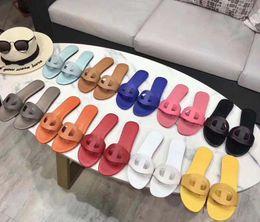 $enCountryForm.capitalKeyWord Australia - 2019 HOT New Designer Luxury Designer Women Fashion Pearl Sandals lady Slippers Summer Pig nose Casual Slippers Flip Flops flat sandy shoes