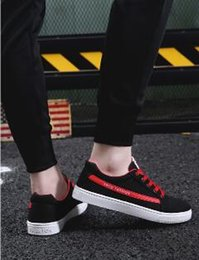 Spring Fall Canvas Shoes Australia - 2019 new men canvas shoes casual sports students spring low men's shoes