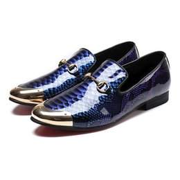 rubber alligators UK - Fashion Round Toe Slip on Man Prom Moccasin Loafers Patent Leather Alligator Wedding Party Men's Casual Shoes