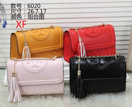 Wholesale 2000 hot handbag designer handbags lady shoulder bags Cross Body bags original hardware ladies wallet phone bags