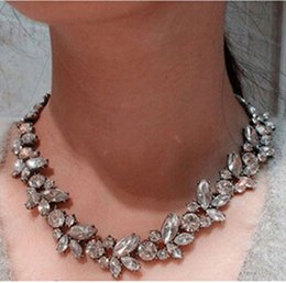 silvery jewelry 2019 - High Quality 2015 Fashion Jewelry Women Crystal Silvery Flower Pendant Statement Bib Choker Charm Collar Necklaces Whole