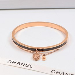 Luxury Chains Australia - Women Chain Pendant Brand Bangles INS Fashion Cute Brief Lady Luxury Bracelets Outdoor Personality Female Design Bangle Jewellry