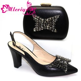 $enCountryForm.capitalKeyWord Australia - High Quality Woman Luxury Crystal Shoes And Purse Set For Party African Shoes Matching Bag High Heels Wedding Shoes And Bag Set