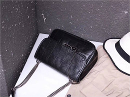 z handbag Canada - Z home wandering bag handbags new 2019 rhombic chain shoulder bag oil wax leather rock soft Messenger bag