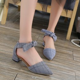 76076668b4ae Dress Shoes 2019 Autumn New Women s Korean Version Of The Houndstooth  Design Straps With A Single Wild Temperament Pointed