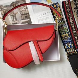 Pink leather shoulder bag online shopping - 2019 famous designer womens handbag new letter shoulder bag high quality genuine leather Messenger bag luxury saddle bag