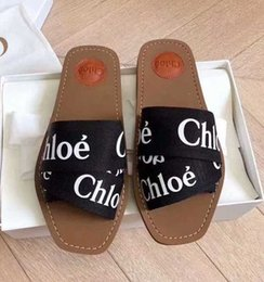 Wholesale Newest Branded Women Woody Mules Fflat Slipper Deisgner Lady Lettering Fabric Outdoor Leather Sole Slide Sandal