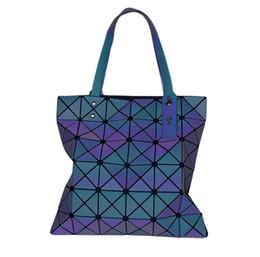 $enCountryForm.capitalKeyWord NZ - Luminous bag Women Geometric Handbag Laser Plain Folding Hologram Casual Shoulder Tote for teenager girl 33*33cm
