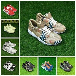$enCountryForm.capitalKeyWord Australia - Air New Huarache I Running Shoes For Men & Women, 23 Colors Breathable Mesh Huraches Huaraches Athletic Sport Sneakers Eur 36-45