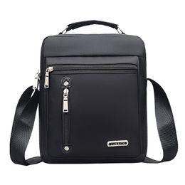 Mens Leather Messenger Bags UK - Nylon Mens Handbag Casual Travel Fashion Men Crossbody Bag Crossbody Bags Designers Brand Messenger Bags 2019 Solid color Bags