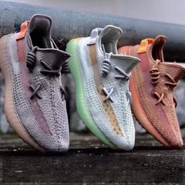2019 V2 Kanye West Static Runner scarpe da uomo scarpe da donna sesamo congelato tinta zebra allevati Beluga scarpe da ginnastica punti sneakers taglia 36-48 L39 in Offerta