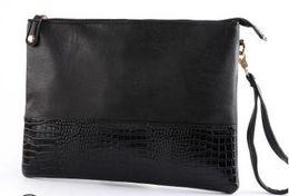 Plum Clutch Bags Australia - Men's Clutch Bag Crocodile Pattern Fashion Clutch Bags Tide Men's nightclub bag mobile phone bag shopping package wholesale new