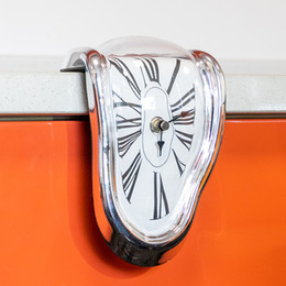 AmAzing plAstic online shopping - 2019 Novel Surreal Melting Distorted Wall Clock Surrealist Salvador Dali Style Wall Clock Amazing Creative Home Decoration Gift