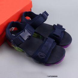 Woman rubber loW heels shoes online shopping - 2019 Brand Sandals Shoes Designer Flip Flops Slippers Casual Shoes Men Designer Be True Women Slippers Hip Hop Street Size