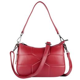 c7059996ff 8 Foto Compra Online Sacchetto di crossbody rosso rosso dell'annata-donna borsa  rossa moda vera