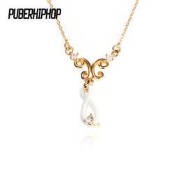 infinity crystals Australia - Exquisite Gold Pendant Necklace Gold Color White Ceramic Infinity Women Necklace Plus One Big Crystal Fashion Jewelry Gift