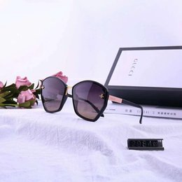Box Brand Glasses NZ - Designer Sunglasses Luxury Sunglasses Fashion Brand For Man Woman Glass Driving Uv400 Adumbral With Box 6 Color Little Bee Style G2984