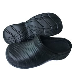 Shoes Oil Australia - Hot Kitchen Medical Shoes For Women Black or White Women's Working Shoes Oil-Proof Waterproof Garden Clogs Woman Sandals Unisex