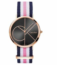 China New Famous Luxury Crystal Dial Bracelet Quartz Wrist Watch Christmas Gift for Ladies Women Gold Rose Gold Silver Wholesale Free Shipping suppliers