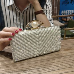 Brides Hand Bags Australia - Decent2019 Dinner Packet Pearl Bag Rhinestone Woman Bride Chain Marry Hand Take Package