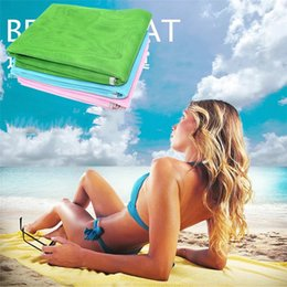 Beach Mats Wholesale Australia - Magic Sand Leakage Beach mats Outdoor Picnic Cushion Travel Self-driving New Type of Grid Beach Cushion summer Carpets 4969