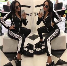 Venta al por mayor de Mujeres F Carta Chándales Mujeres Carta Impreso de manga larga con capucha Pantalones 2 unids / set Top Tee Legging trajes ropa deportiva conjunto de ropa