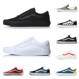 Black old women shoes online shopping - 2019 designer men women canvas sneakers old skool slip on CHECKERBOARD white classic triple black red mens skateboard shoes Espadrilles
