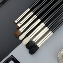 single eye shadow brushes Australia - 1 Piece Goat Hair Precise Blending Eye Shadow Detailed Small Shade Single Makeup Brushes Black Handle Silver Ferrule