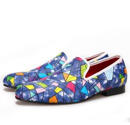 $enCountryForm.capitalKeyWord Australia - New men Dress Shoes loafers with Multi-color Fashion party and show men's casual shoes male somking slippers