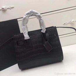 $enCountryForm.capitalKeyWord Australia - New European style luxury classic Ladies Handbag Shoulder Bag solid crocodile leather making multi-color choose fashion