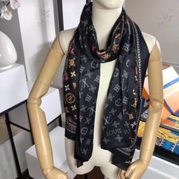 $enCountryForm.capitalKeyWord Australia - New brand silk cashmere scarf for autumn and winter 2019 Soft classic chain design silk scarf Fashion men's and women's printed shawl