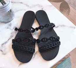 flat bottomed slipper Australia - Classic lady sandals Buckle Metal buckle leather Flat bottom Beach slippers Designer's Luxury Women's Sandals Large size 31